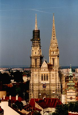 Zagreb: The tall St Stephen's Cathedral