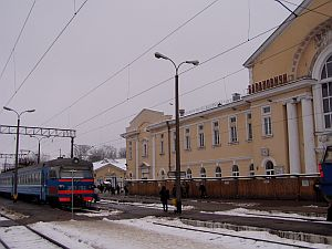 The train station of Baranovichi and an elektrichka